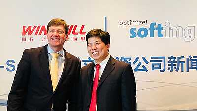 Dr. Wolfgang Trier, CEO of Softing AG and Thomas Qiu, owner and CEO of Windhill Ltd.